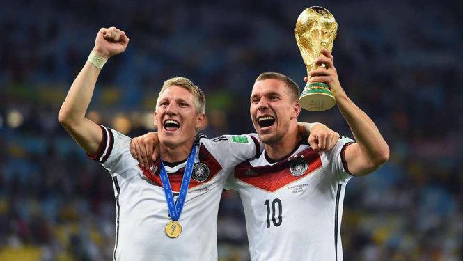 Schweinsteiger và Podolski nhận được lời khuyên rời ĐT Đức